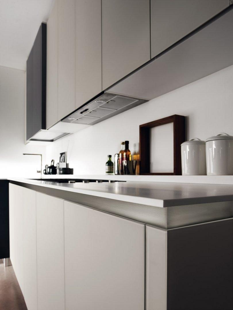 Tủ bếp Tilo