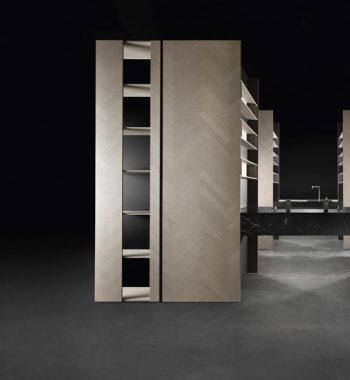 Mantis kitchen cabinet