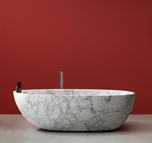 Những thiết kế nổi bật trong không gian phòng tắm Italy